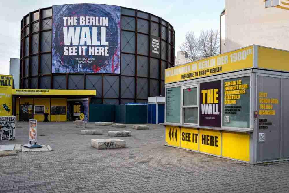 Die Mauer Yadegar Asisi Panorama Berlin in Deutschland