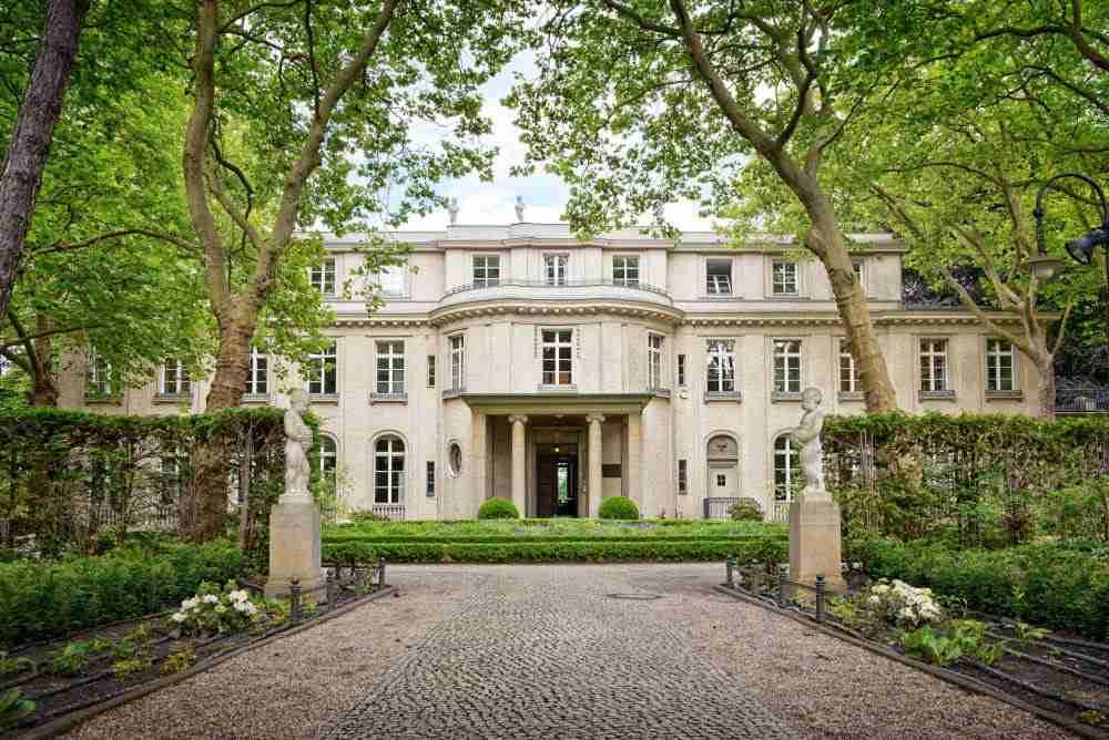 Gedenk und Bildungsstatte Haus der Wannsee Konferenz in Berlin in Deutschland