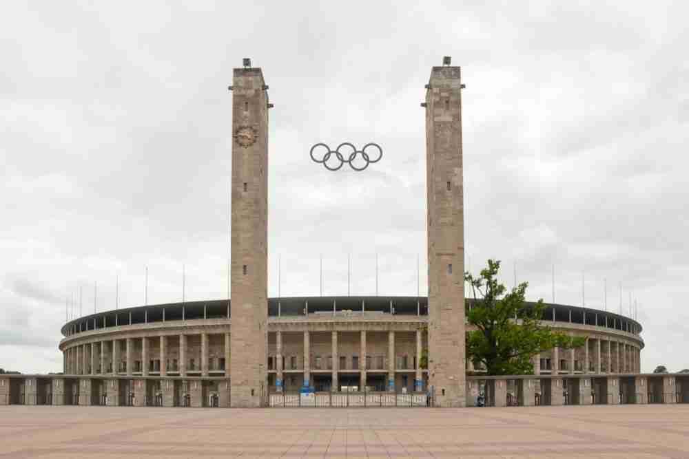 Olympiapark mit Stadion und Glockenturm in Berlin in Deutschland