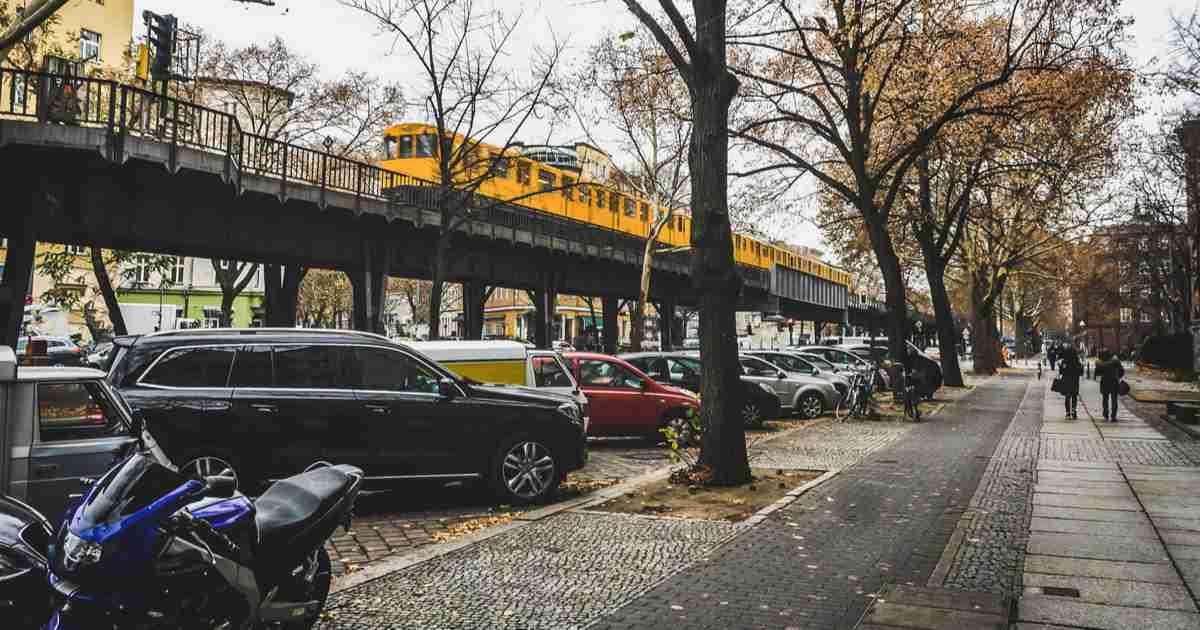 Parken in Berlin Zonen Parkplätze und Parkhäuser