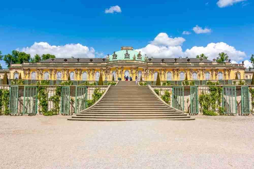 Schloss & Schlosspark Sanssouci in Berlin in Deutschland