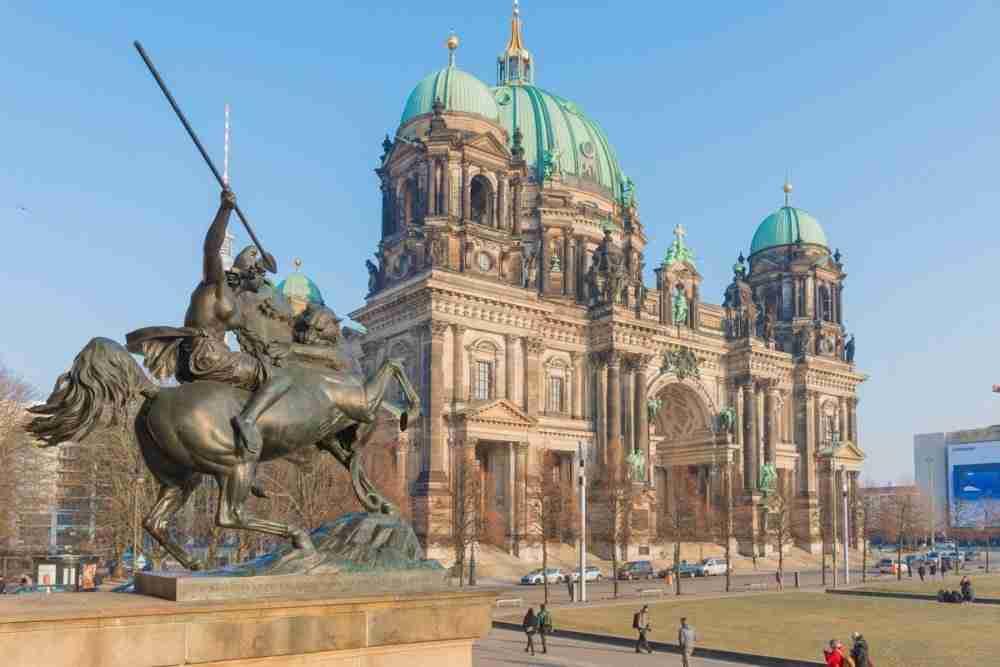 The Story of Berlin in Deutschland